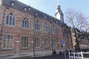 Gedung pusat Universitas Leiden di Belanda