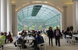 Wisata Belgia Taman Serres Istana Laken