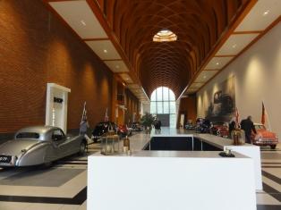 Hall museum Louwman