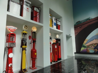Pompa bensin antik